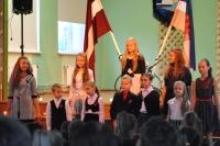 Svinīgā līnija par godu Latvijas dzimšanas dienai.